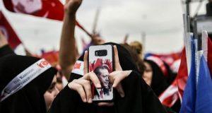 Turkey tightens grip on social media
