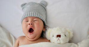 20191029 sleeping baby yawn asian unsplash
