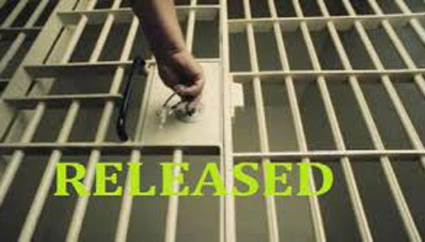 201808252033509312 57 prisoners released from trichy jail SECVPF