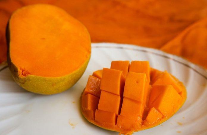 mango fruit benefits 696x455 1
