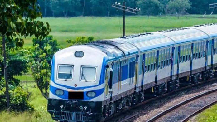0e65ef18 40b8feaf train min 4 850x460 acf cropped